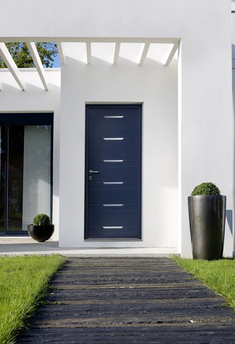 Puertas de entrada ventanas k line ventanas de aluminio for Puertas acristaladas correderas
